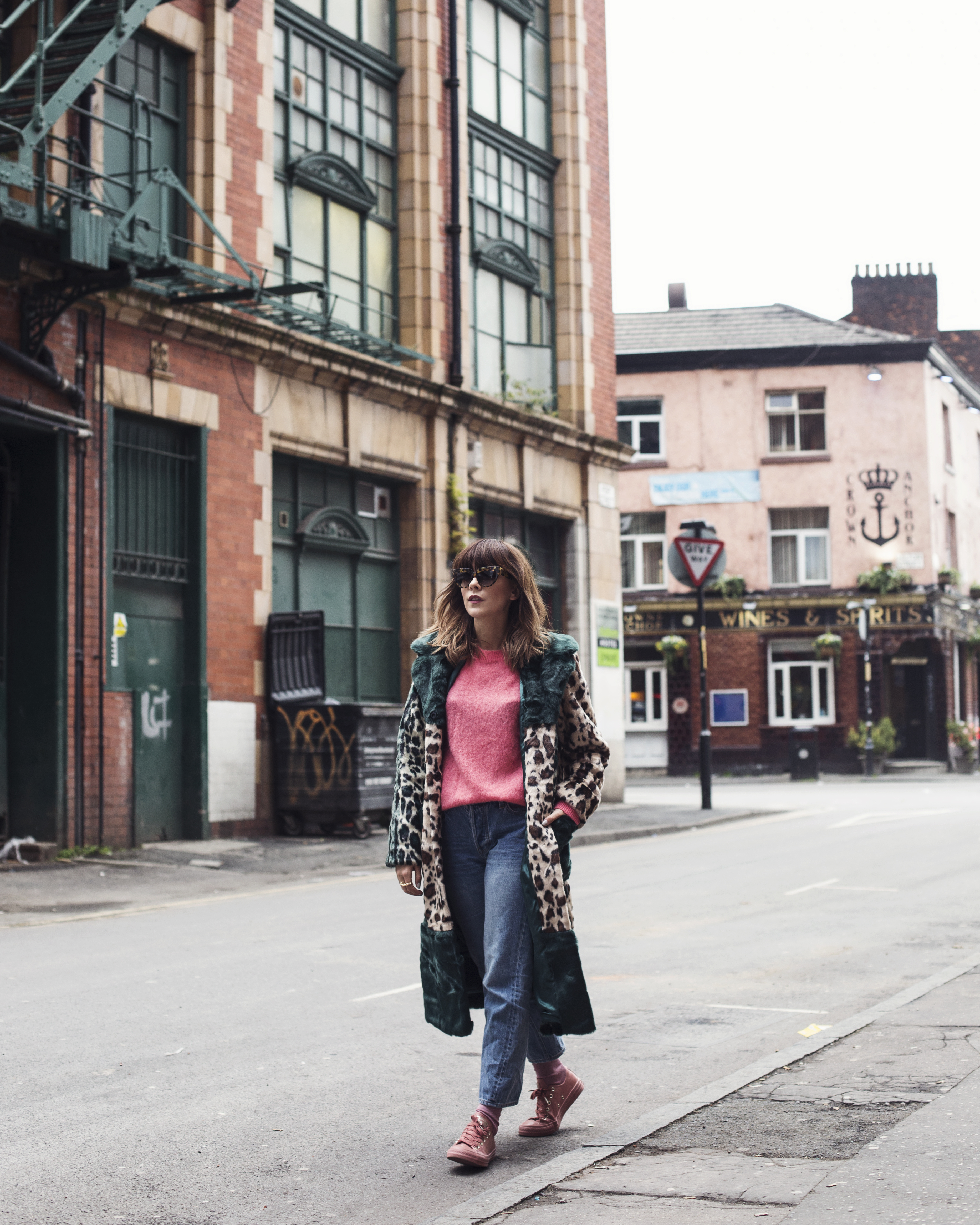 MEGAN ELLABY GOES CASUAL IN MANCHESTER'S NORTHERN QUARTER