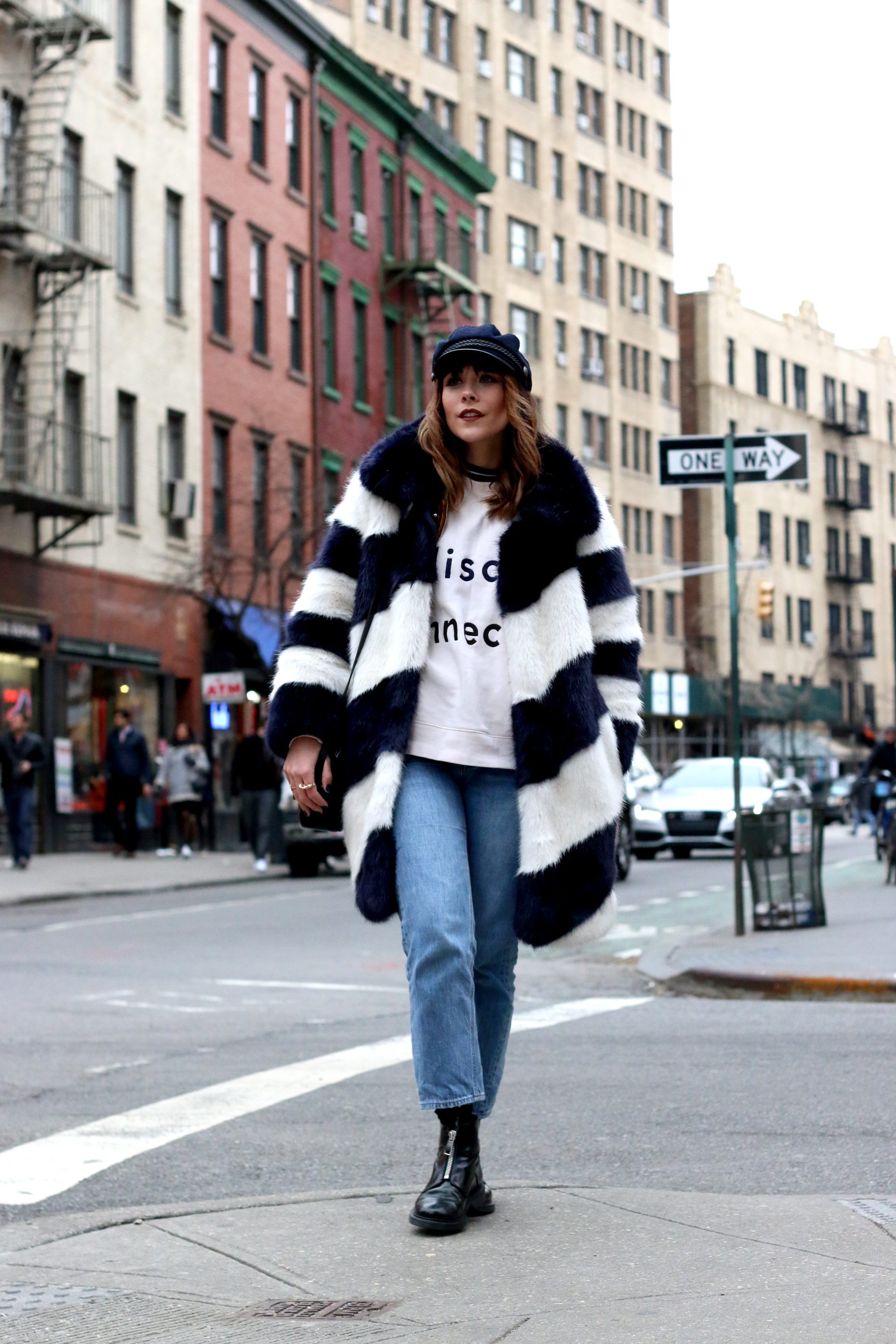 MEGAN ELLABY SHOWING WHAT TO WEAR IN NEW YORK