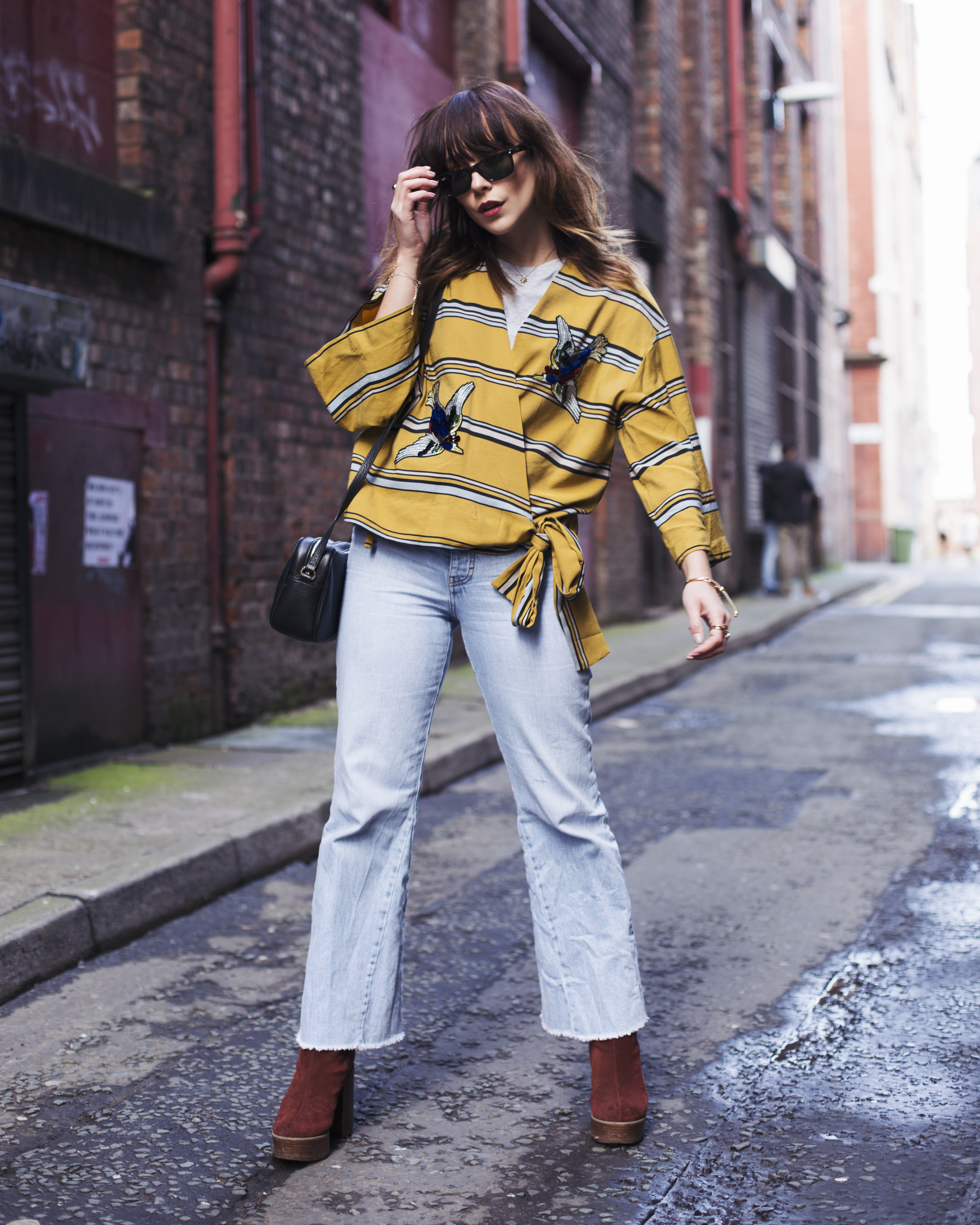 MEGAN ELLABY WEARS SEVENTIES STYLE WITH RAYBAN WAYFARER