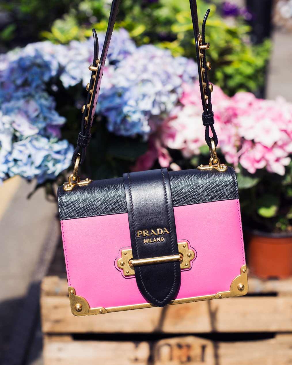 83031de31ce4 PRADA CAHIER BAG REVIEW - Megan Ellaby