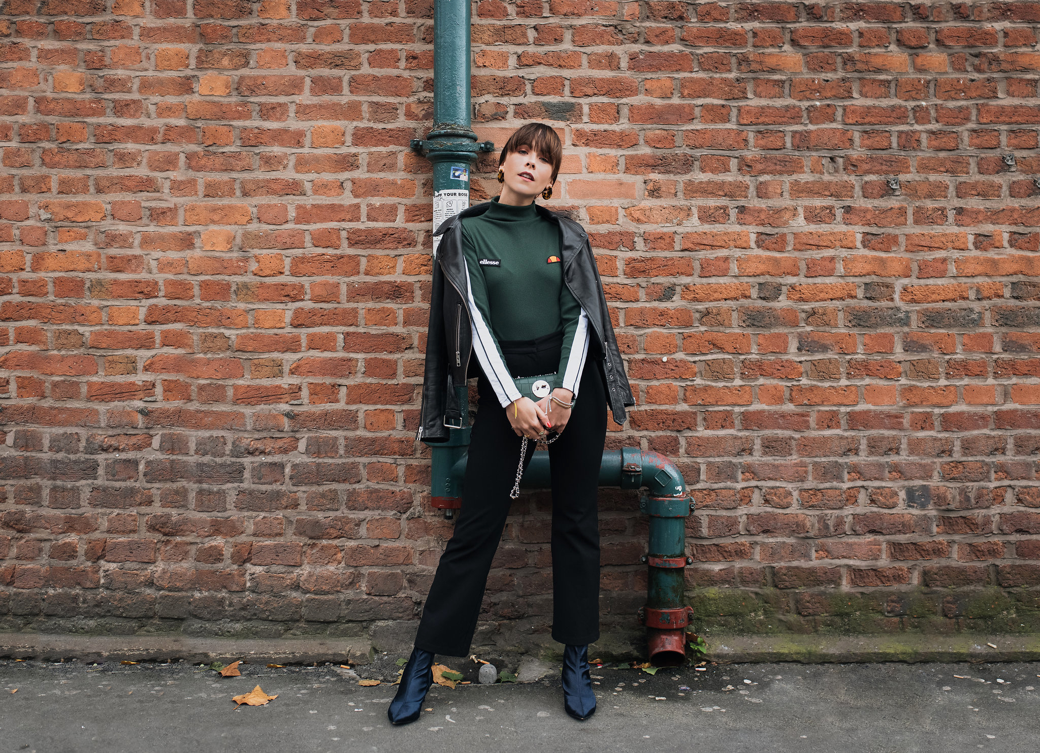 MEGAN ELLABY HOW TO WEAR KICK FLARES