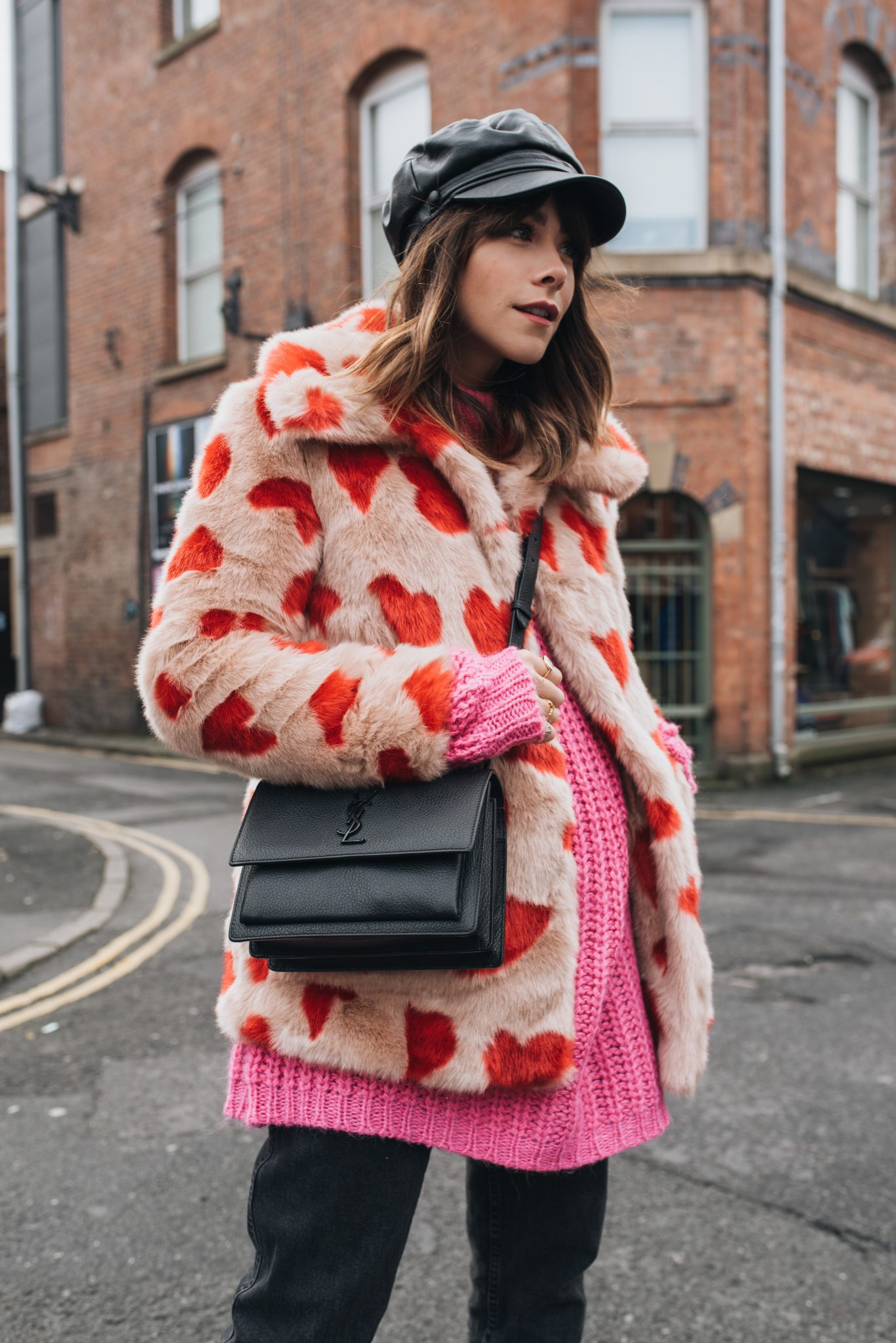 HOW TO WEAR COLOURFUL FAUX FUR IN WINTER