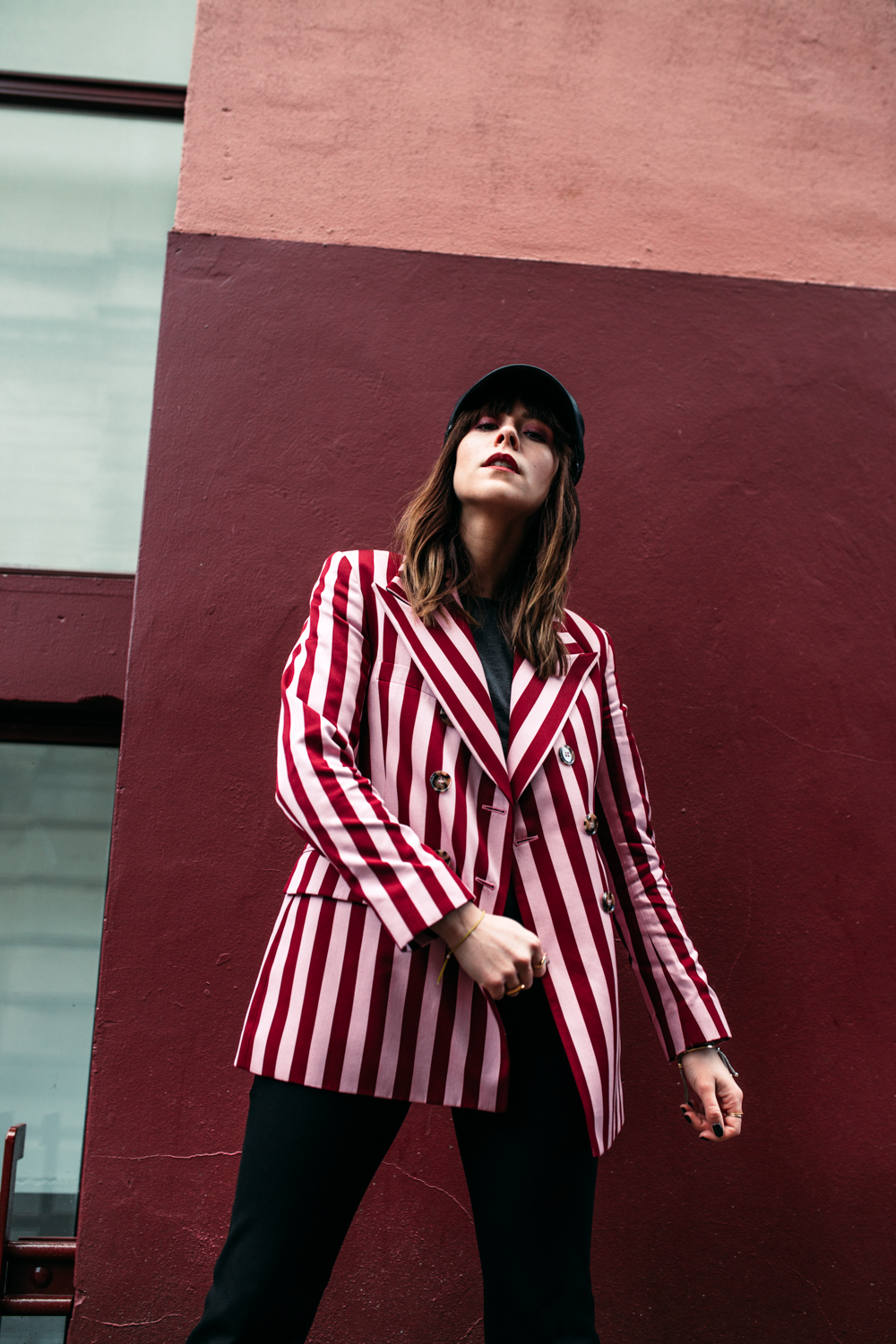 HOW TO WEAR BOLD STRIPES