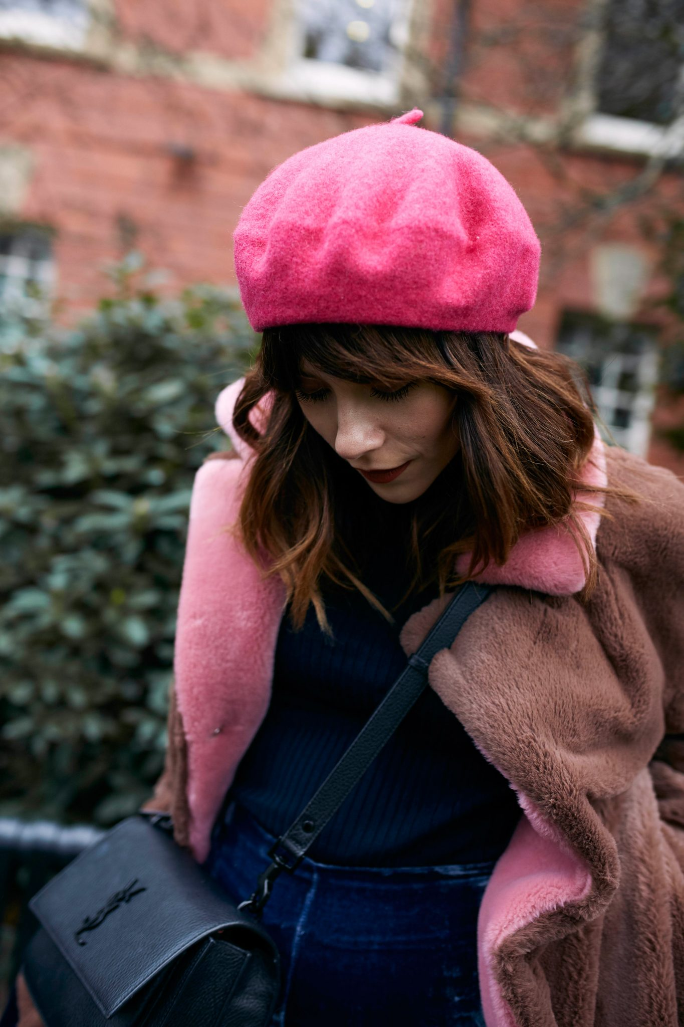 HOW TO WEAR A BERET WITH A FRINGE