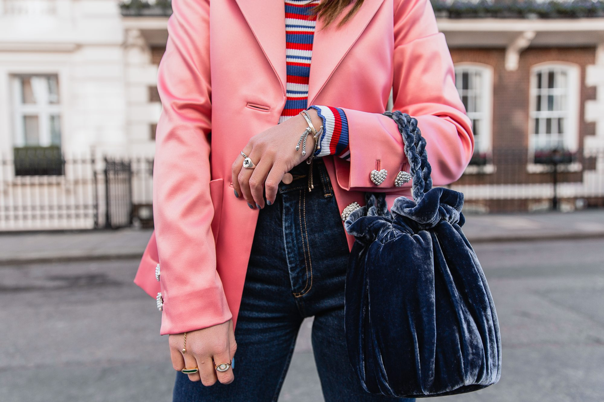 MEGAN ELLABY HOW TO ADD COLOUR WITH ACCESSORIES