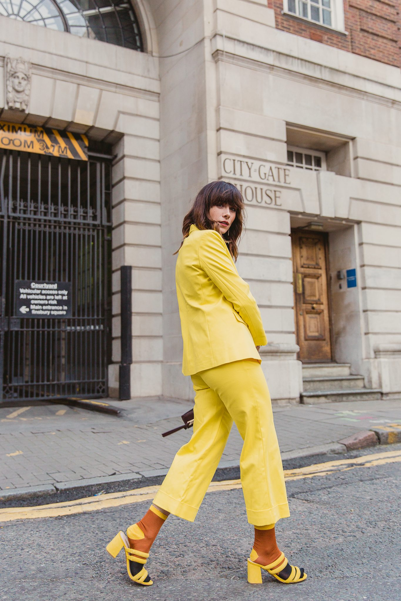 MEGAN ELLABY HOW TO STYLE DUNGAREES