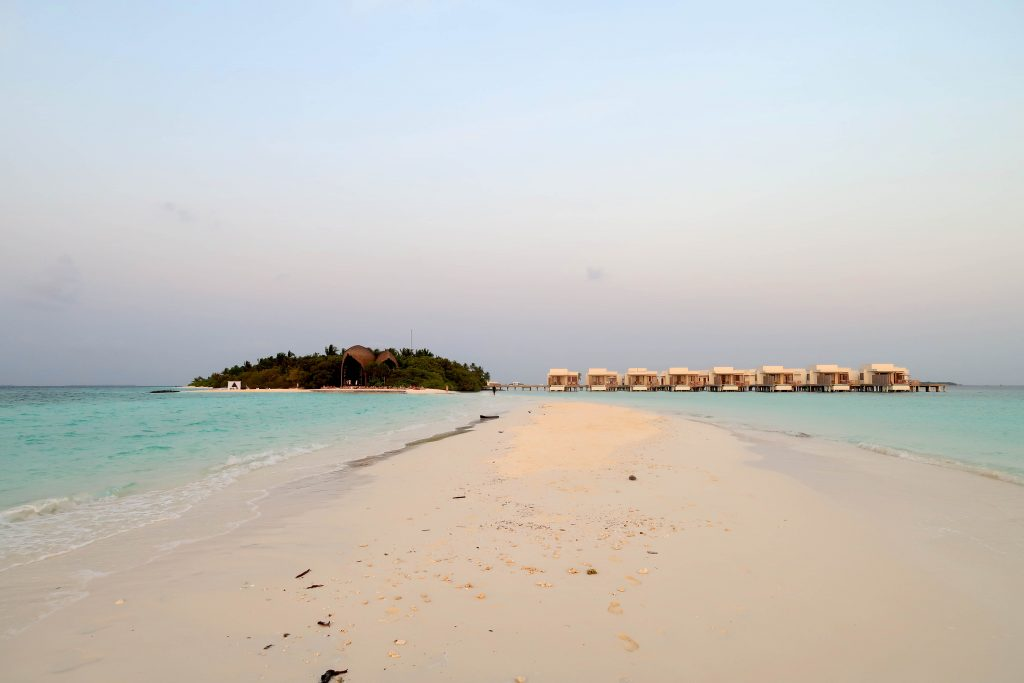 OUR MALDIVES ADVENTURE PART 2 | DHIGALI & WHAT I WORE