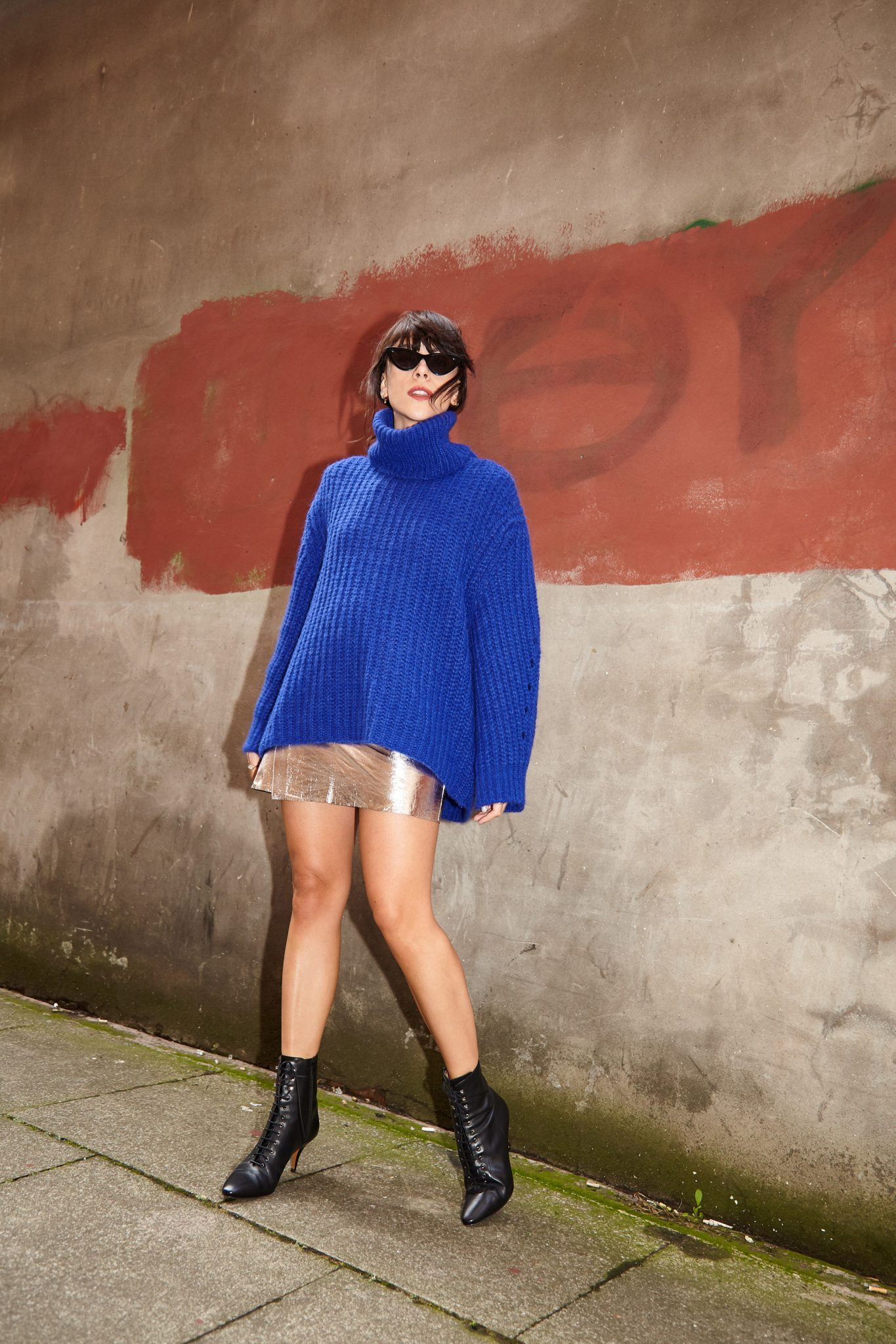 HOW TO DRESS UP KNITWEAR