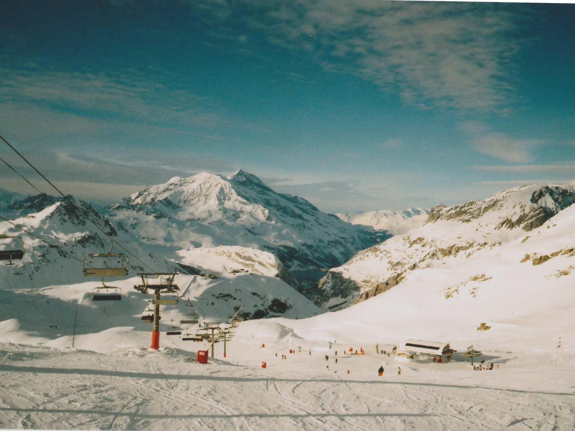 SKIING ON 35mm FILM
