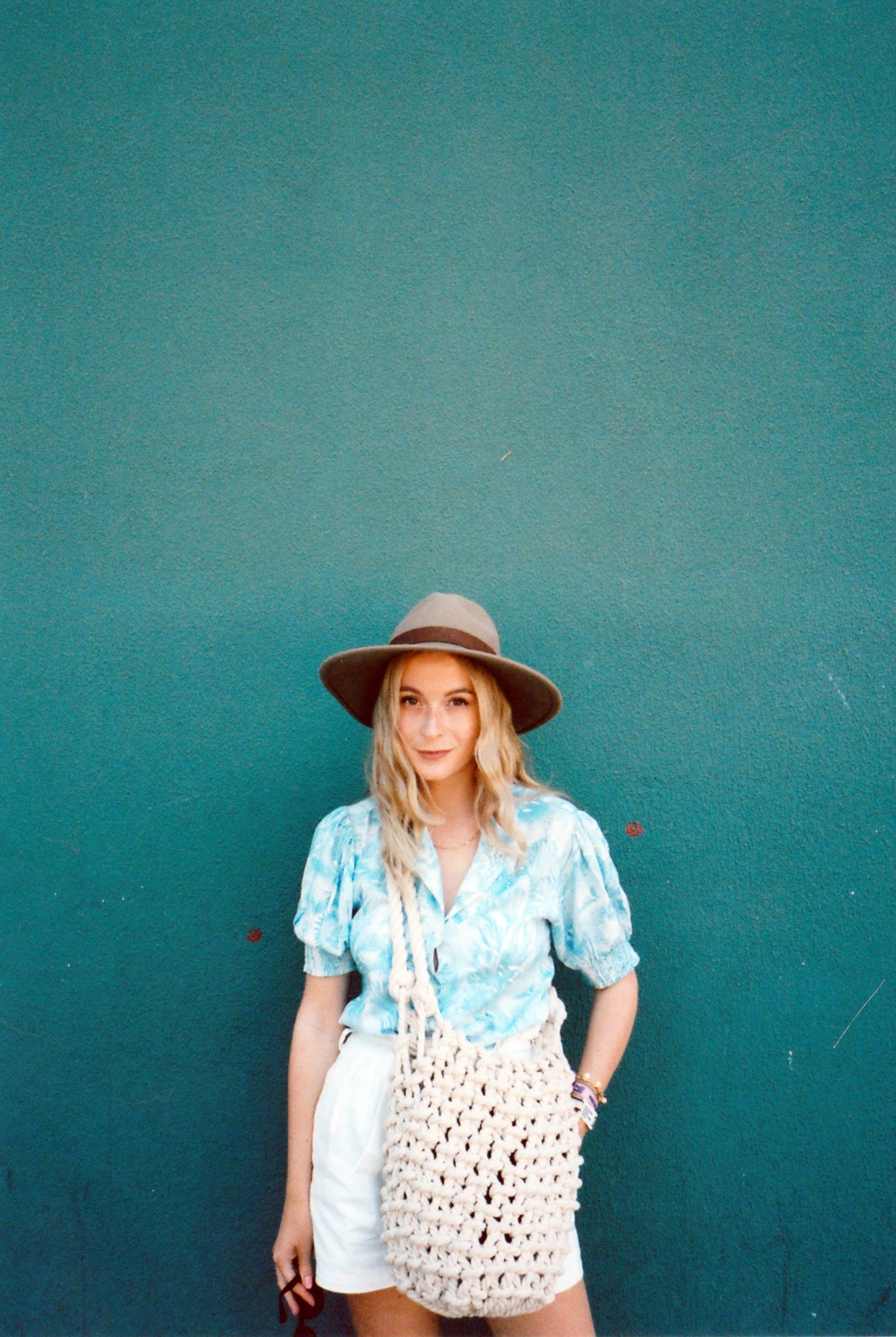 MEGAN ELLABY TRAVEL OUTFITS