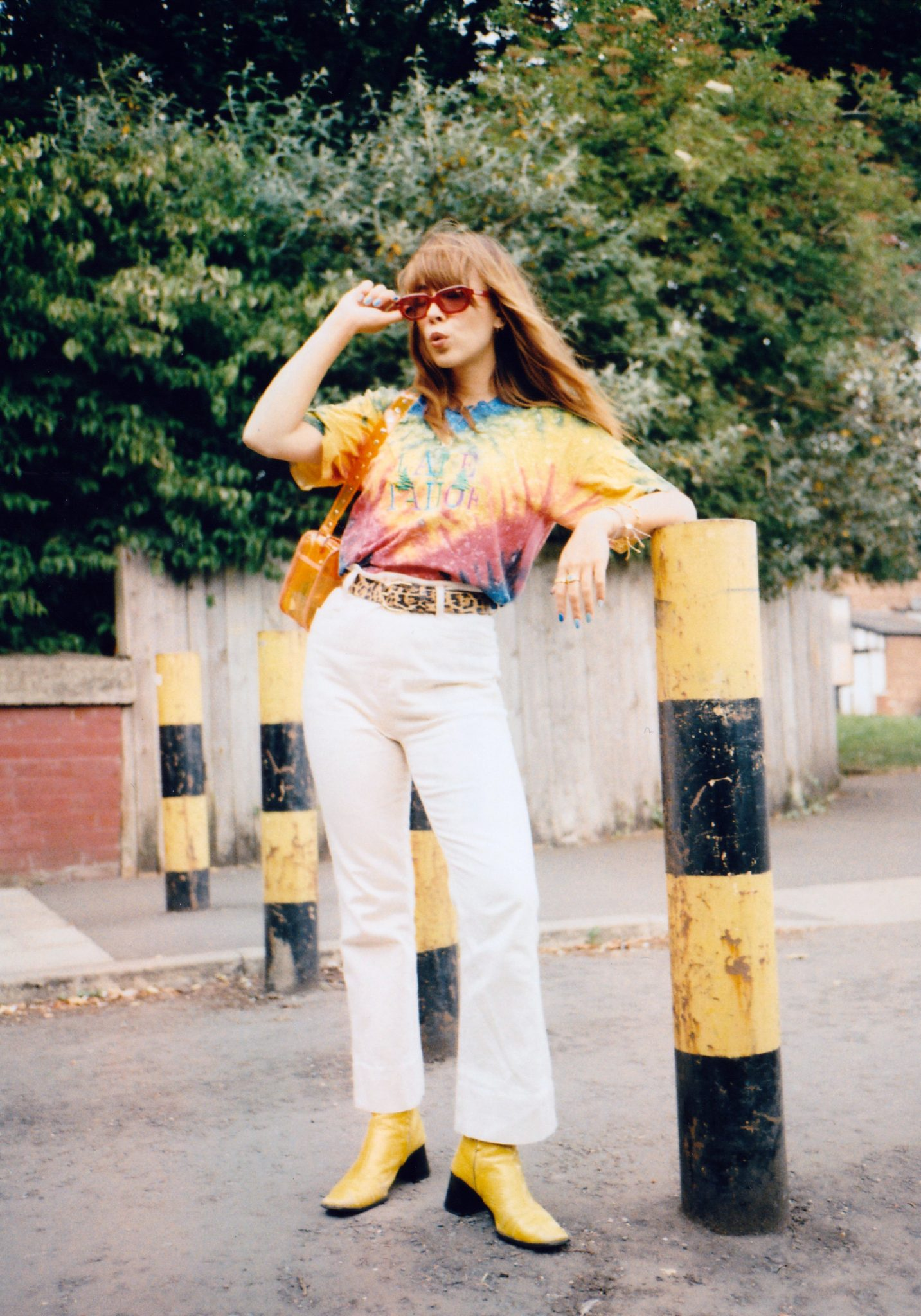 HOW TO STYLE TIE DYE
