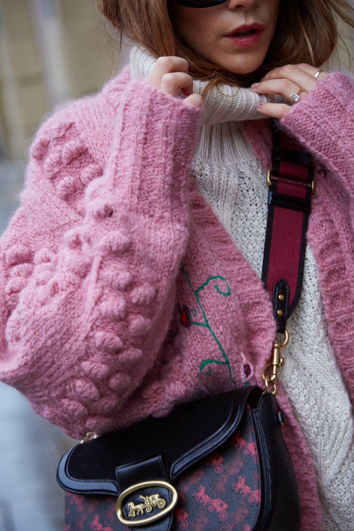 HOW TO STYLE A PINK