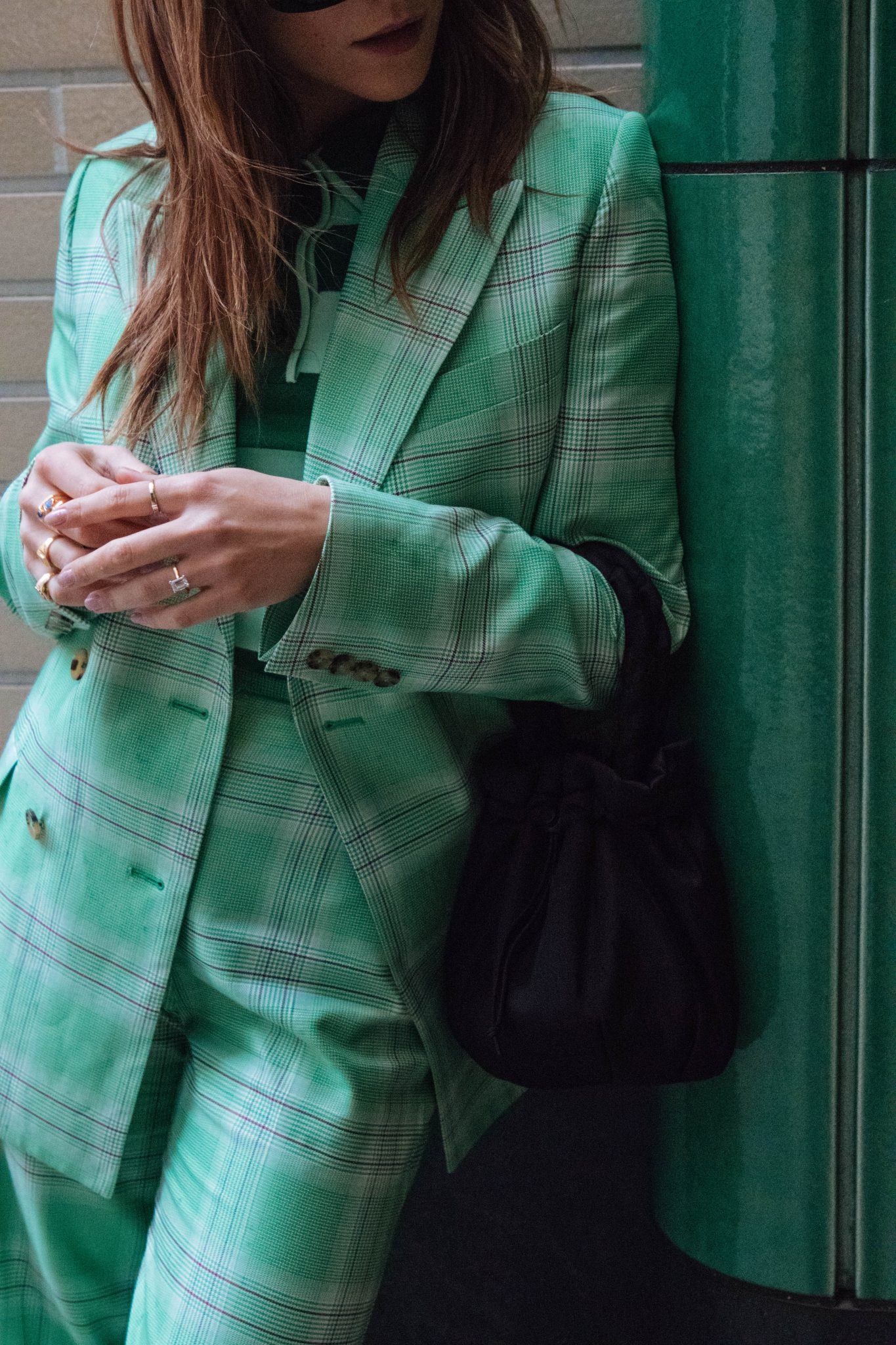 HOW TO WEAR CHECK